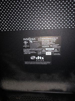 "Insignia 46"" TV - Great Condition - NS-46E440NA14 for Sale in Johnsburg, IL"