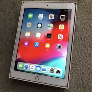 Brand New Gold iPad 6th Generation WiFi + Cellular for Sale in Tampa, FL