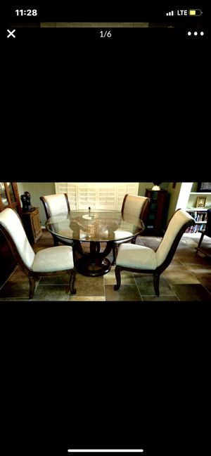 Dining table with four chairs solid wood for Sale in Mesa, AZ