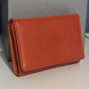 Red Wallet for Sale in Long Beach, CA