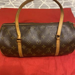 Louis Vuitton Monogram Papillon Tote for Sale in Canyon Country, CA