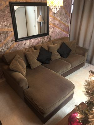 CRATE & BARREL AUTHENTIC BROWN 3 SEATER SECTIONAL L-SHAPED SOFA COUCH FOR SALE!!!!🧡🖤💛🛋 for Sale in San Francisco, CA