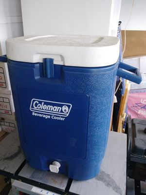 Coleman 10 gallon Beverage Cooler for Sale in Oceanside, CA