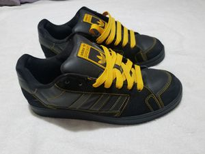 Adidas super skate shoes 10 men's for Sale in Irving, TX