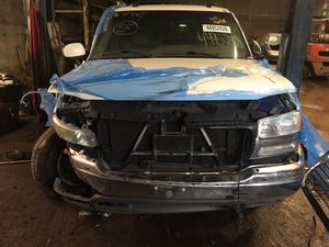 Parting out 2003 GMC Yukon 4x4 for Sale in New Castle, PA