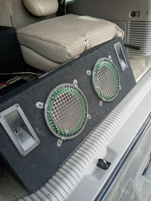 6 inch mini bufeers. Or change for a amp 2 chaneels for Sale in Bakersfield, CA