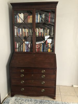 Secretary with Hutch for Sale in Lutz, FL