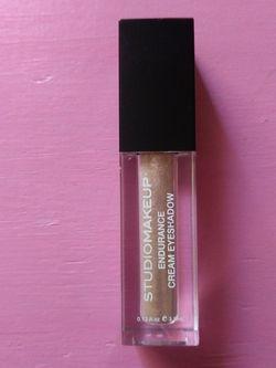 Studio Makeup Cream Eyeshadow for Sale in Lehigh Acres,  FL