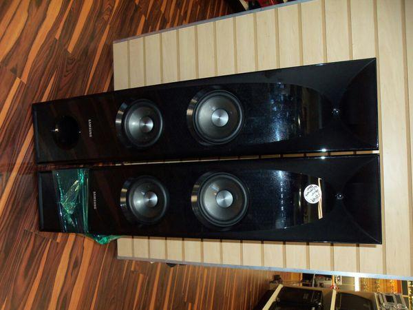Samsung TW-J5500 Tower Speakers PAIR (EM)
