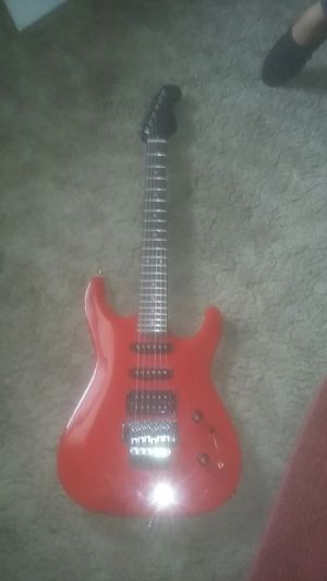 Eletric Guitar for Sale in Moline, IL