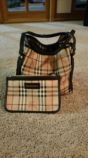 Burberry bag/purse for Sale in Las Vegas, NV