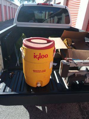 Cooler for Sale in Tarpon Springs, FL