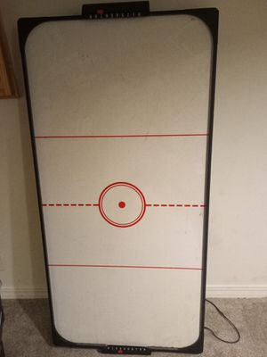 Air hockey table for Sale in Prior Lake, MN