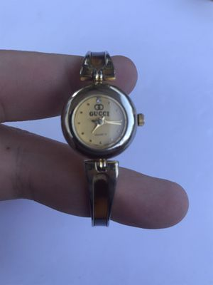 Gucci diamond watch for Sale in Toledo, OH