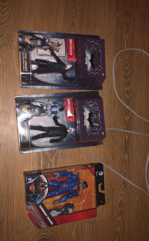 3 collectibles action figures for Sale in Miami Shores, FL
