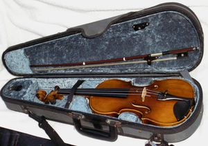 Childrens' 1/4 Violin Outfit for Sale in Greenville, DE