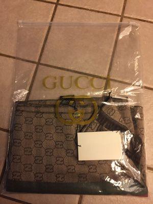 Men's Gucci jacquard scarf. for Sale in Fresno, CA