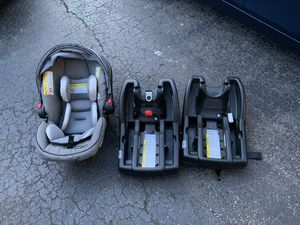 Infant car seat for Sale in Johnston, RI