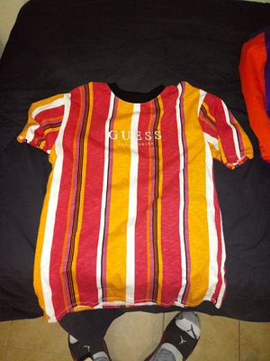 Lrg size guess shirt for Sale in Mesa, AZ