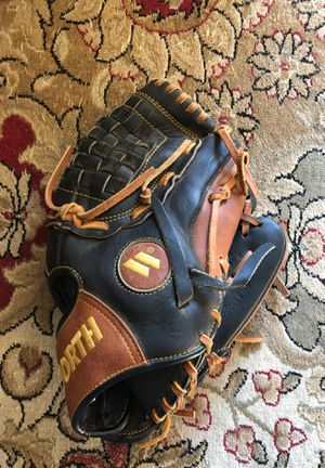 Worth baseball glove for Sale in Cheshire, CT