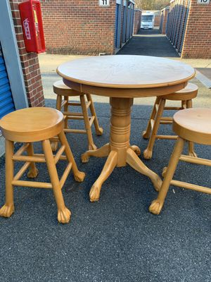 High Top Solid Oak Table with 4 Stools for Sale in Essex, MD
