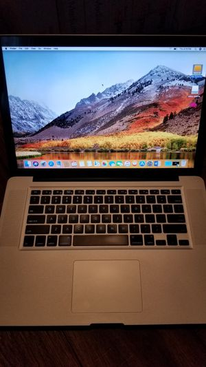 "Macbook pro 15"" Microsoft office logic pro x final cut pro x bose speakers included for Sale in Los Angeles, CA"
