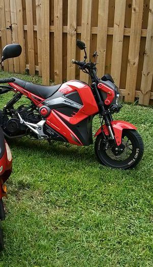 Clone grom automotive 125cc for Sale in Miami, FL