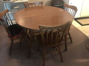 Kitchen Table & 5 Chairs for Sale in Morton, IL