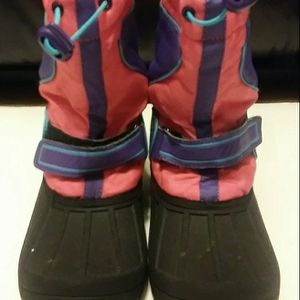 CIRCO GIRLS WINTER/SNOW BOOTS Size 4 Youth for Sale in Philadelphia, PA