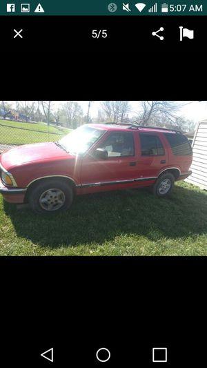 1997 Chevy blazer 4wd for Sale in Dayton, OH