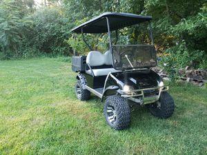 Club car electric golf cart for Sale in North Billerica, MA