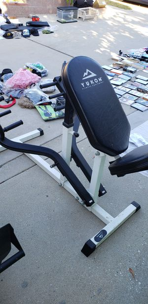 Back row excercise machine for Sale in San Pedro, CA