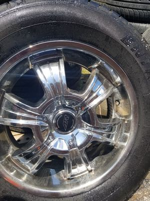 Set of 4used tires and wheels 6lugs universal size 18 fit chevrolet ford f150 for Sale in Nashville, TN