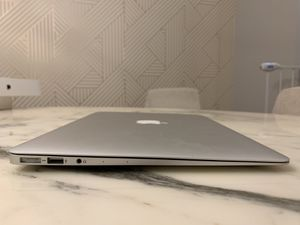 MacBook Air 13 inch, mid 2017 (PICK UP ONLY) for Sale in Chicago, IL