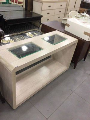 Entrance table for Sale in Fort Lauderdale, FL