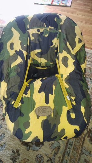 Camo car seat cover for Sale in Kingsport, TN