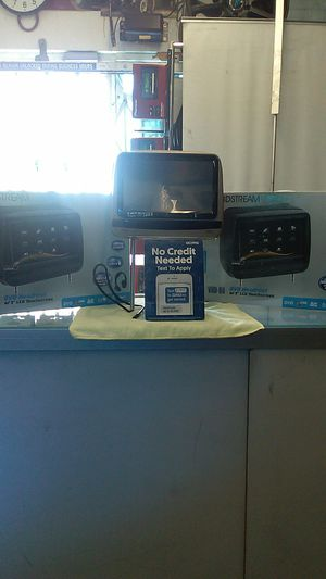 Headrest DVD system for Sale in Moreno Valley, CA