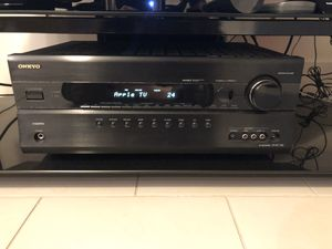 Onkyo HT-S7200 7.1 Home Theater System w Speaker Stands for Sale in Miami, FL