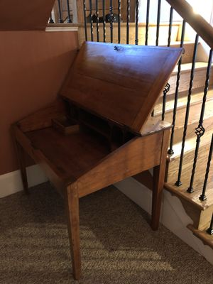 Antique desk for Sale in Clifton, VA