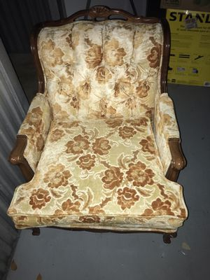 2 Antique chairs for Sale in Coral Springs, FL
