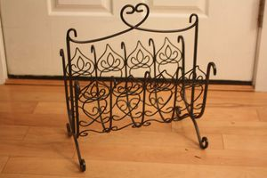 Southern Living at Home Magazine Rack for Sale in Naperville, IL