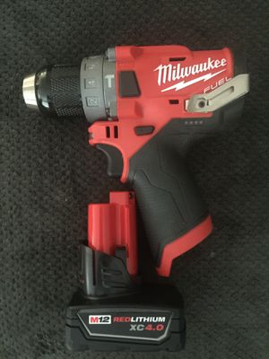 Milwaukee Hammer Drill M12. With XR 4.0 battery. $110 pick up in the city of Van Nuys for Sale in Los Angeles, CA