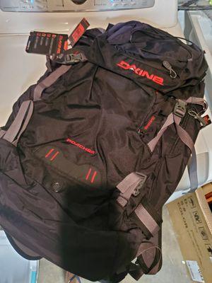 Dakine Hiking Backpacks for Sale in Garden Grove, CA