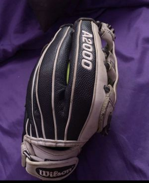 Wilson A2000 size 12 softball glove for Sale in Los Angeles, CA