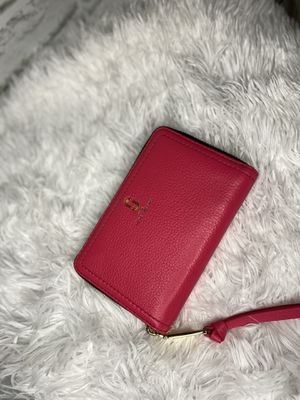 Marc Jacobs wallet mini in Pink for Sale in Queens, NY