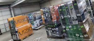 TV warehouse liquidation event !!! New open box!! Act fast! 7R for Sale in Whittier, CA