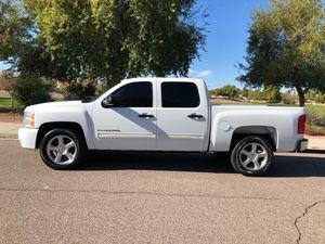 2010 CHEVY SILVERADO CREW CAB LTZ for Sale in Phoenix, AZ