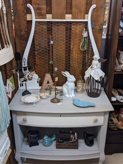 Beautifully Restored Old Antique Harp Dresser With Jewelry Holder/Picture Or Note Holder for Sale in Beaverton,  OR