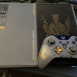 Xbox One Call Of Duty Edition 1TB for Sale in Glendale, AZ