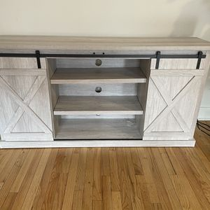 Tv Stand 70 Inch for Sale in Lancaster, PA